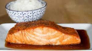 Recette Poisson Noel : saumon laqu recette de saumon laqu au miel et sauce ~ Melissatoandfro.com Idées de Décoration