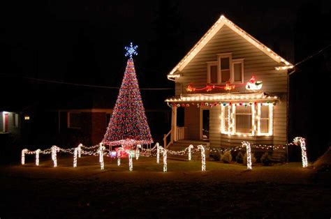 how to christmas lights on house festivals pictures christmas lights house pictures