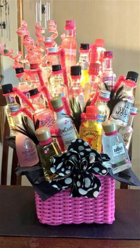 Tiny Häuser Für Familien by 21st Birthday Gift How To Used 21 Mini Bottles To Create