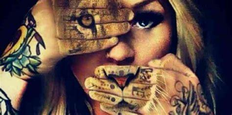 Sievai zem tupeles; Kas no horoskopa zīmju pārstāvjiem ...