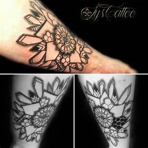Tattoo Avant Bras : best 20 tattoo bras homme ideas on pinterest tatouages ~ Melissatoandfro.com Idées de Décoration