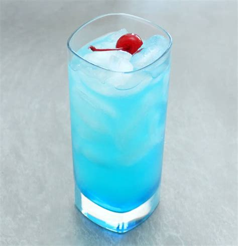 How To Make A Blue Lagoon Cocktail How To Feed A Loon