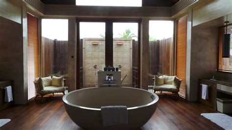 Spa Type Bathrooms by Top 10 Luxury Hotels With Ultimate Bathrooms