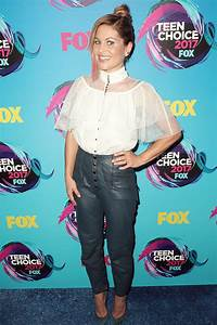 Candace Cameron Bure Attends 2017 Teen Choice Awards