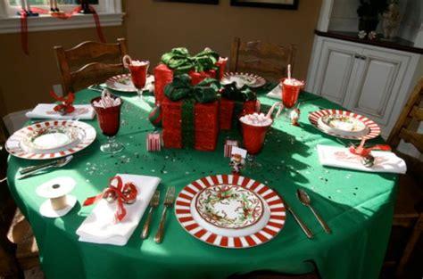 5 Centerpiece Ideas For Christmas Dinner