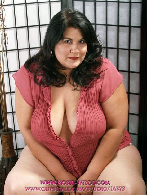 Bbw Latina Rosie Wilde Nude Photos