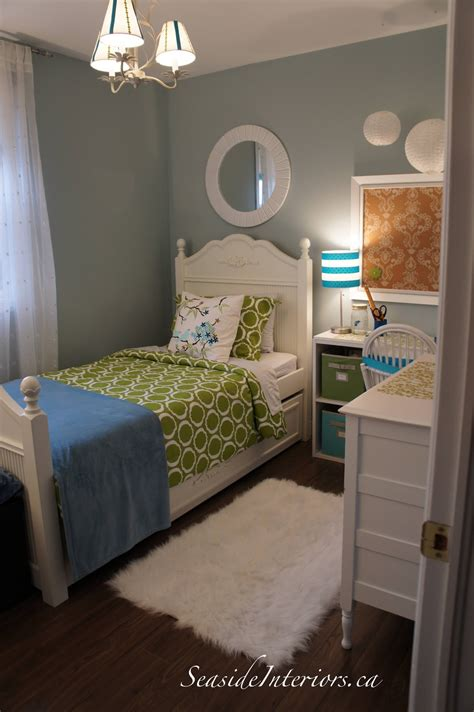 Blue Bedroom Ideas For Small Rooms by Seaside Interiors Going Blue Green Room Redo