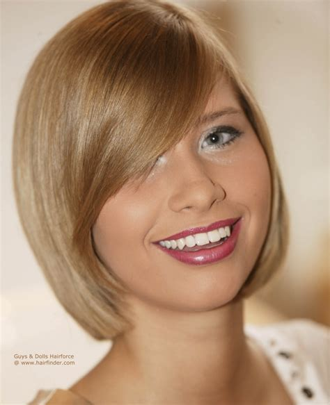Blunt cut bob hairstyle with a curved fringe and hair that