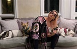 Celebrities social-distancing at home with their pets ...