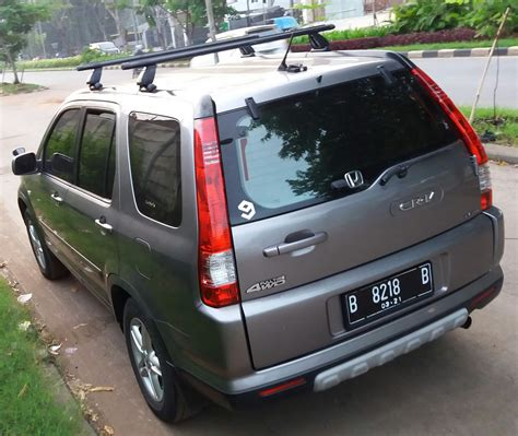 Overall, i enjoy my honda crv and would recommend it to a friend or family member. 2006 Honda Honda CRV 2.4