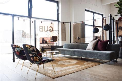 canapé velours pas cher gubi fauteuil et canapés modern line greta grossman