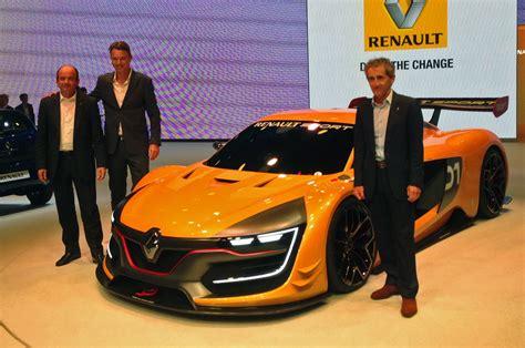 renault rs 01 renault reveals new 493bhp racing car