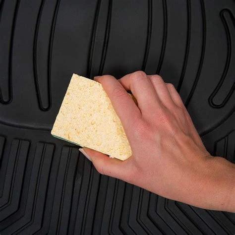 nettoyer les tapis de sol de voiture guide astuces