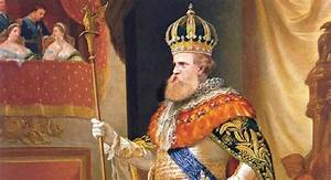 Is Absolute Monarchy Considered A Dictatorship