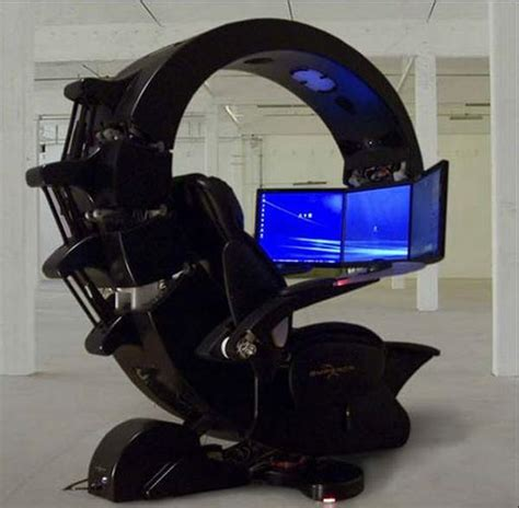 emperor gaming chair specs the emperor workstation features three lcd monitors with