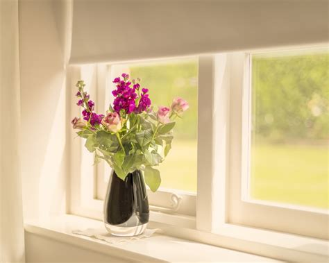 Windowsill Flower Garden by Windowsill Flowers Vase Wallpaper 1280x1024