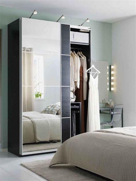 les 25 meilleures id 233 es de la cat 233 gorie armoire porte coulissante miroir sur