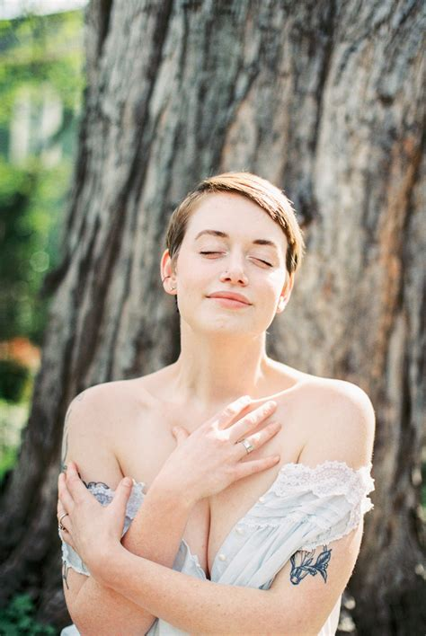 Boudoir Session Locations- Creative alternatives to a ...