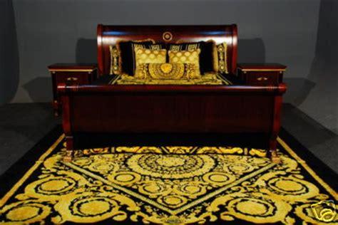 iqdesigner bnib  sleigh bed set king size versace