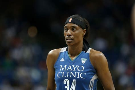 The Top 10 Tallest Female Basketball Players in The WNBA