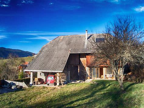 maison 224 vendre en rhone alpes savoie bellecombe en bauges grange 224 moitie r 233 nov 233 e pr 232 s d