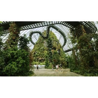 Wilkinson Eyre's award-winning Gardens by the Bay in