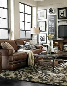 Braunes Sofa Welche Wandfarbe : ledercouch ein bequemes m belst ck im hause ~ Watch28wear.com Haus und Dekorationen