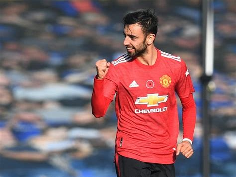Bruno Fernandes calls for Manchester United improvement ...