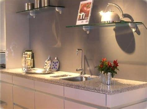 granit blanc cuisine granit pour plan de travail de cuisine et salle de bain plan de travail direct coloris de granit