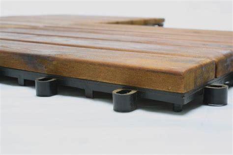 dalles 30 x 30 cm terrasse en bois exotique acacia