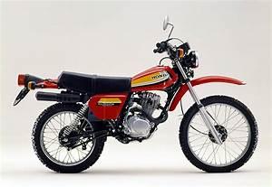 Honda Xl 125 : pin 1979 honda goldwing gl1000 group picture image by tag on pinterest ~ Medecine-chirurgie-esthetiques.com Avis de Voitures