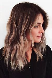 30 Amazing Medium Hairstyles For Women 2019 Daily Mid