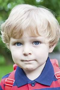Coupe Enfant Garçon : coiffure petit garcon ~ Melissatoandfro.com Idées de Décoration