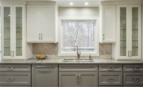 murals for kitchen backsplash the cabinets are benjamin cc 40 cloud white 3416