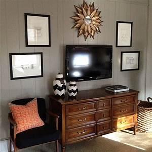 Best above tv decor ideas on living room
