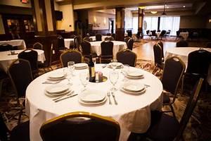 Cozy Restaurant - Roger Brown's