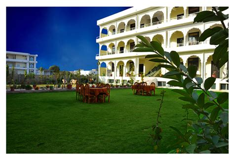 hotel ananta palace ranthambore