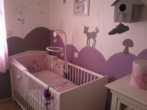 chambre lilas et gris décoration chambre fille mauve