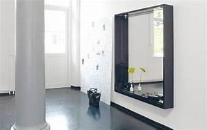 Badschrank Mit Spiegel Und Licht : grosser spiegel mit breitem rahmen und licht ~ Bigdaddyawards.com Haus und Dekorationen