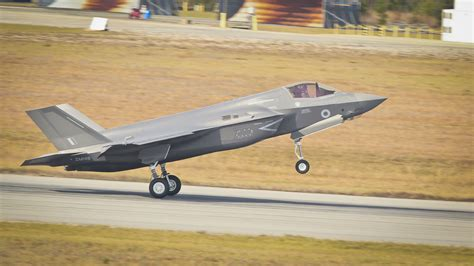 the royal f uk takes delivery of f 35b lightning of this year royal navy