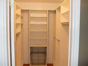 Small walk in closet design layout Interior & Exterior Ideas