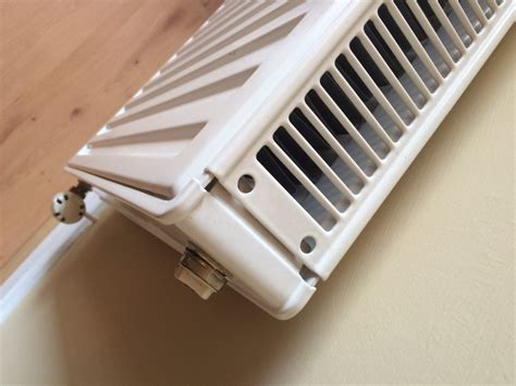 Replacement Radiator Top Grill Clips  Diynot Forums