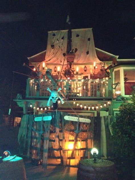 Best 25+ Pirate Halloween Party Ideas On Pinterest