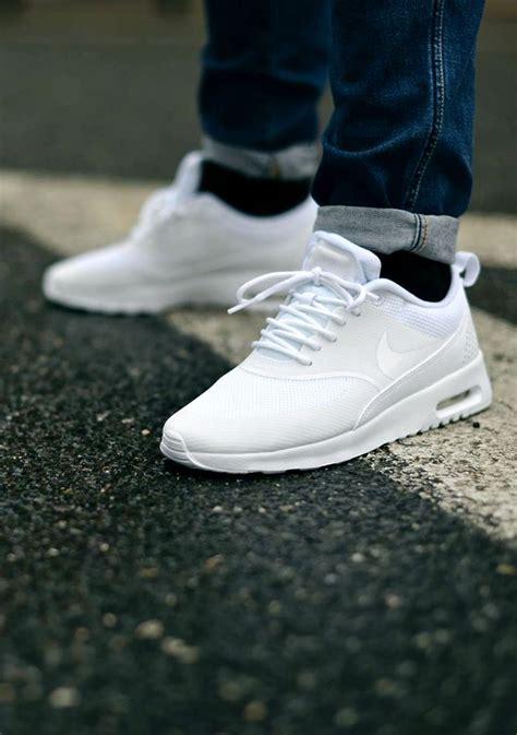 ultra clean nike air max thea  white style