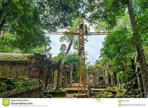 Reconstruction Of Ancient Khmer Architecture In Jungle ...