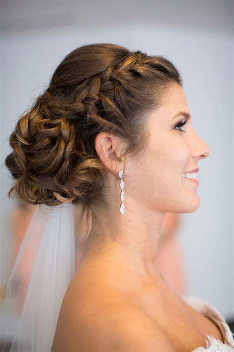 wedding hairstyle  adorable details modwedding