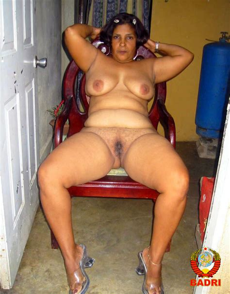 016  In Gallery Osita Dominican Mature Shows Her Ass Rw Set 2 Picture 16 Uploaded By