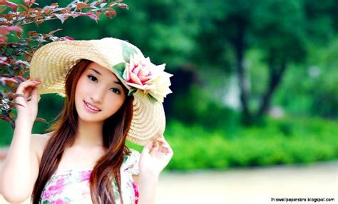 Cute Girl Wallpapers