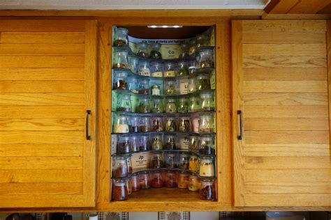 kitchen geeks build  periodic table  spices rack