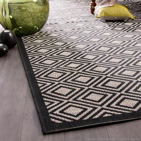 tapis 100 polypropyl 232 ne motif losanges noir beige